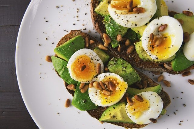 Whole wheat bread with avocado and eggs