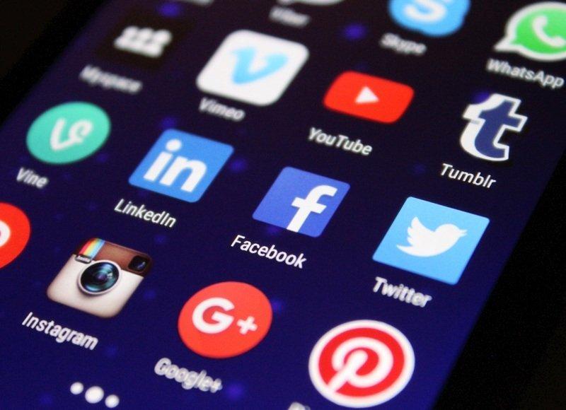 Social media applications such tumblr, Instagram, Vimeo, and Vine